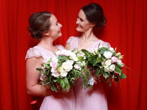 Are photo booths at weddings tacky Diy selfie /